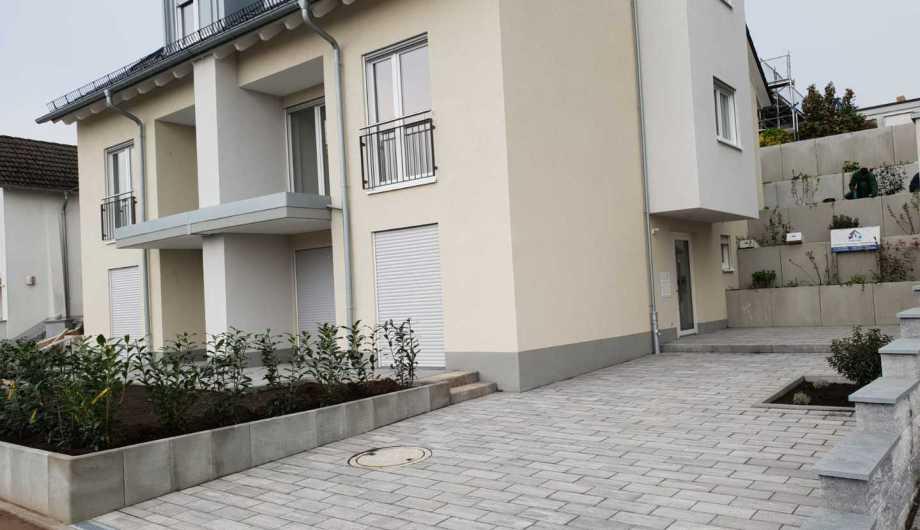 Toric Bau - Neubau Einfamilienhaus, Hochbau inklusive Außenanlage